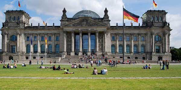 تحصیل پزشکی در کشورهای متوسط یا در آلمان